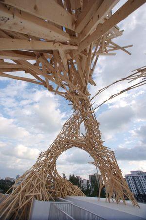 Miami_sculpture_under_construction